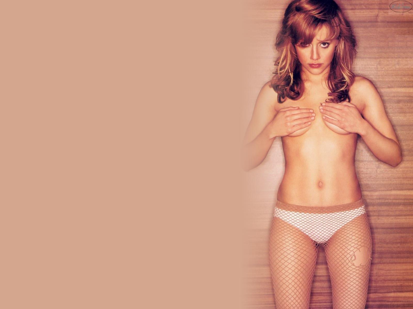 Brittney murphy bikini
