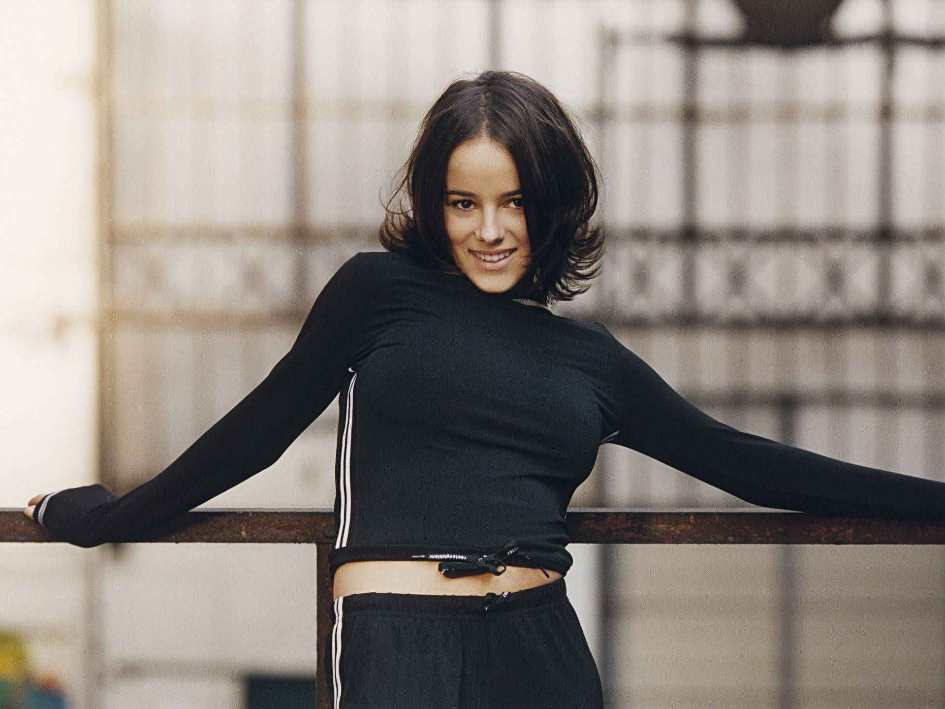 alizee wallpaper 27 - photo #28