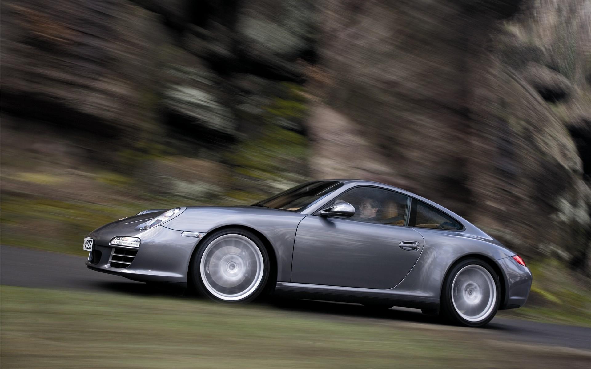 Porsche 911 Carrera 4 4S Widescreen 03