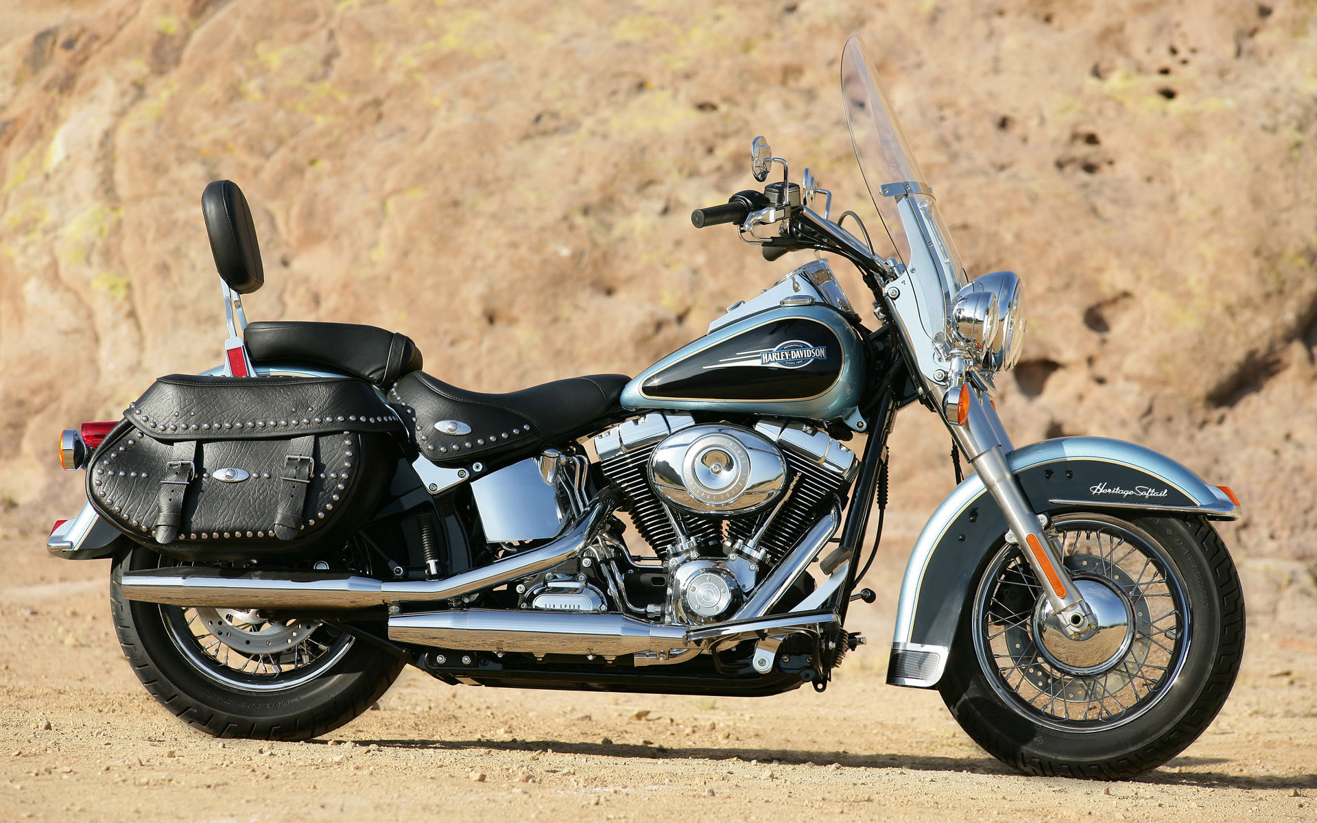 Harley Davidson Heritage Softail Classic Wallpaper 132492