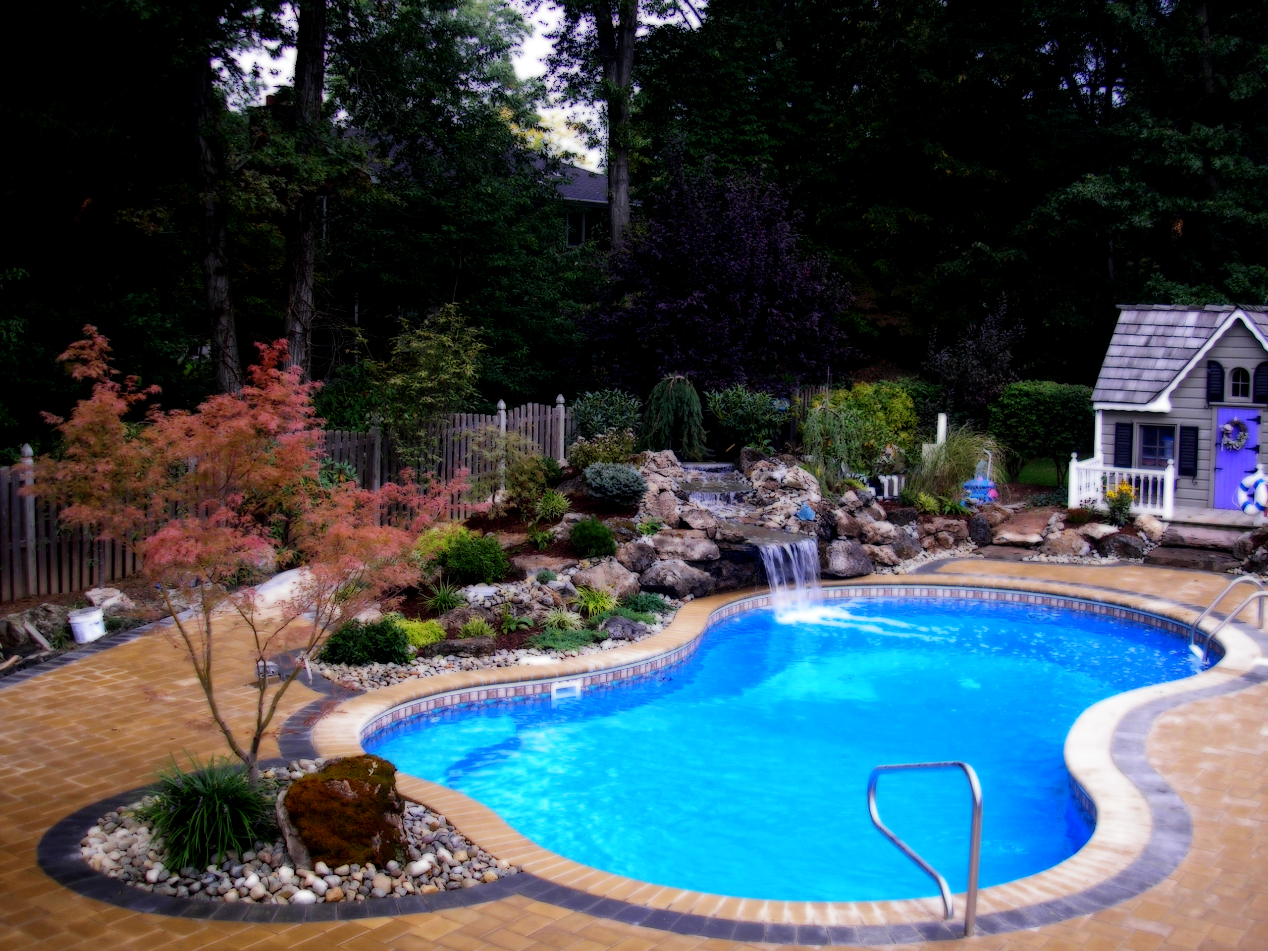 Swimming pool for Pictures of backyard pools