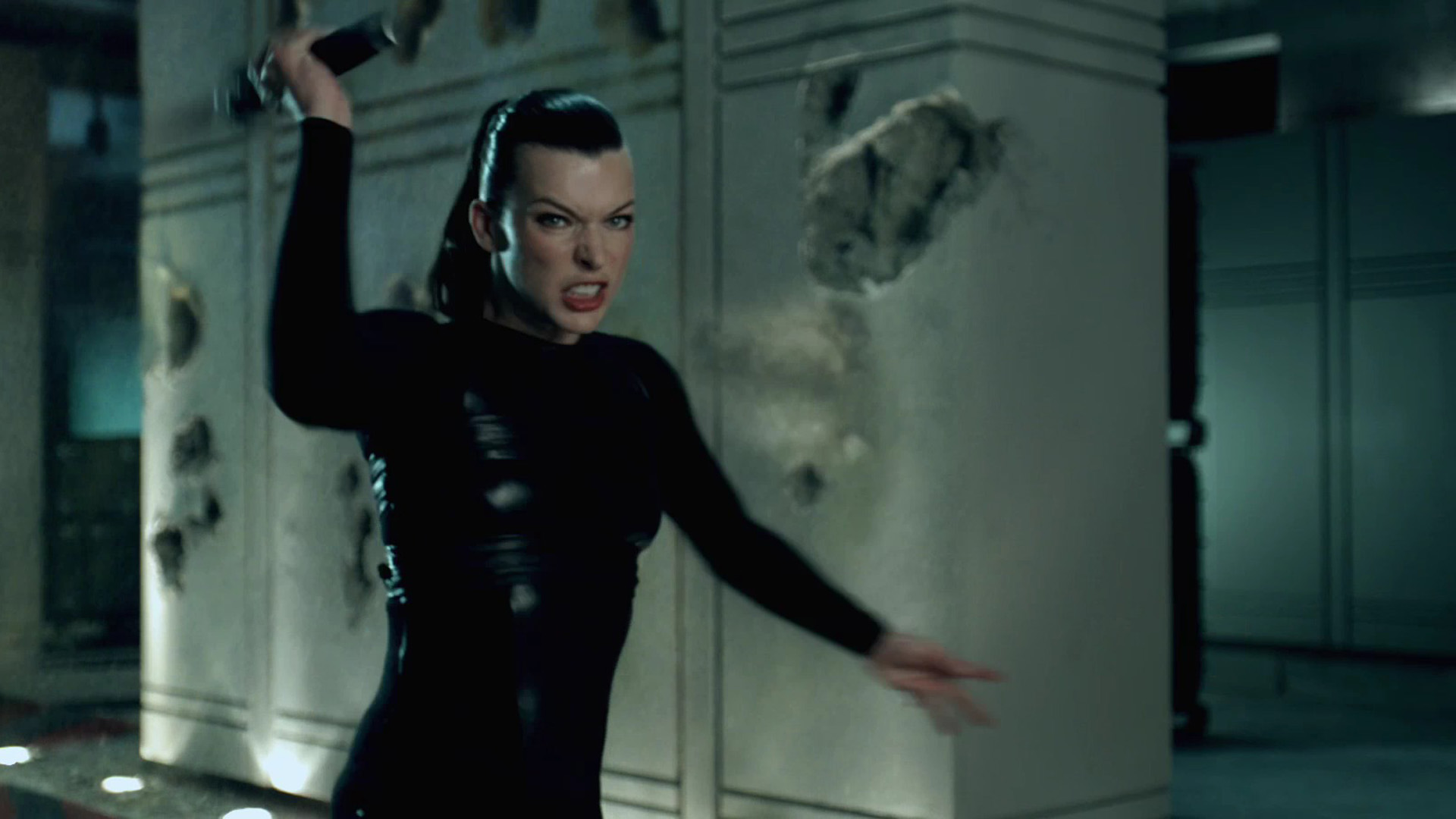 Alice Resident Evil Afterlife wallpaper Movie wallpapers