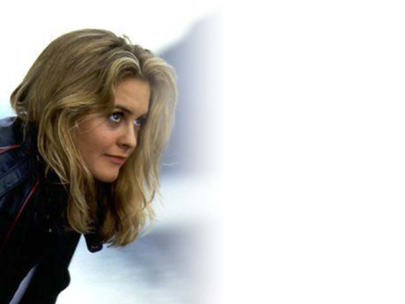 Alicia Silverstone Free Desktop Wallpapers For Widescreen