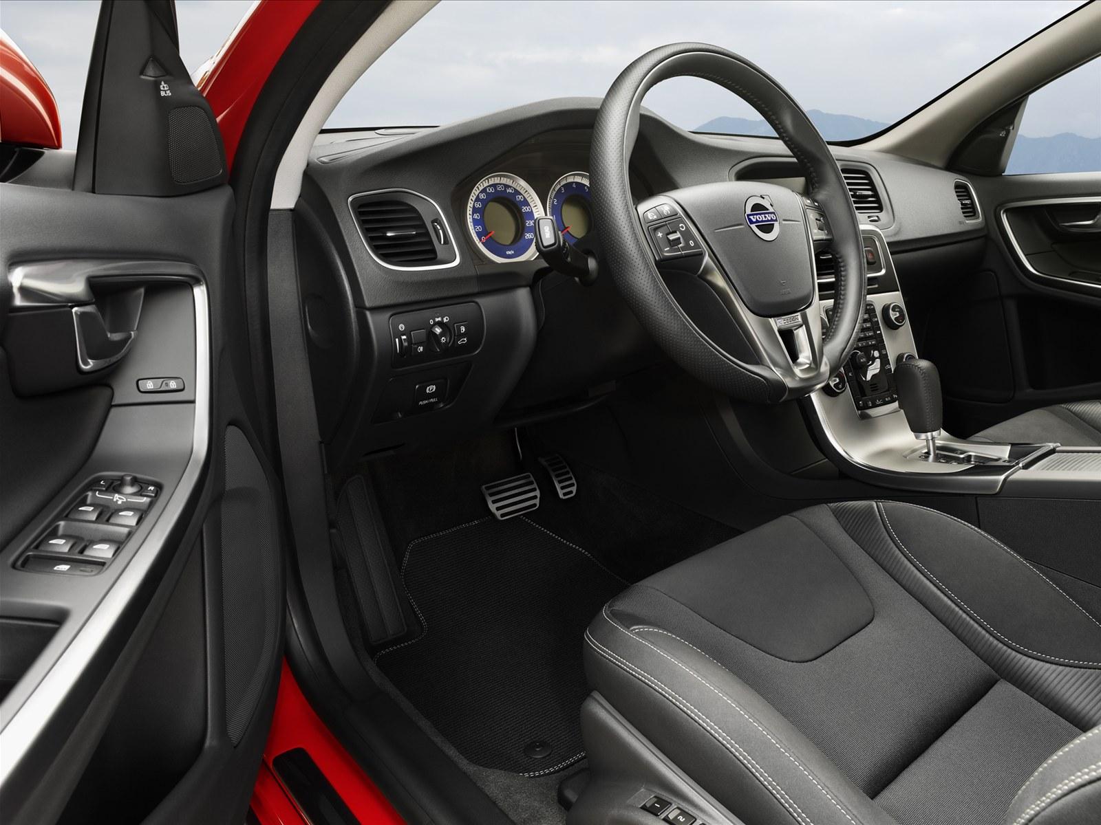 Volvo S60 RDesign