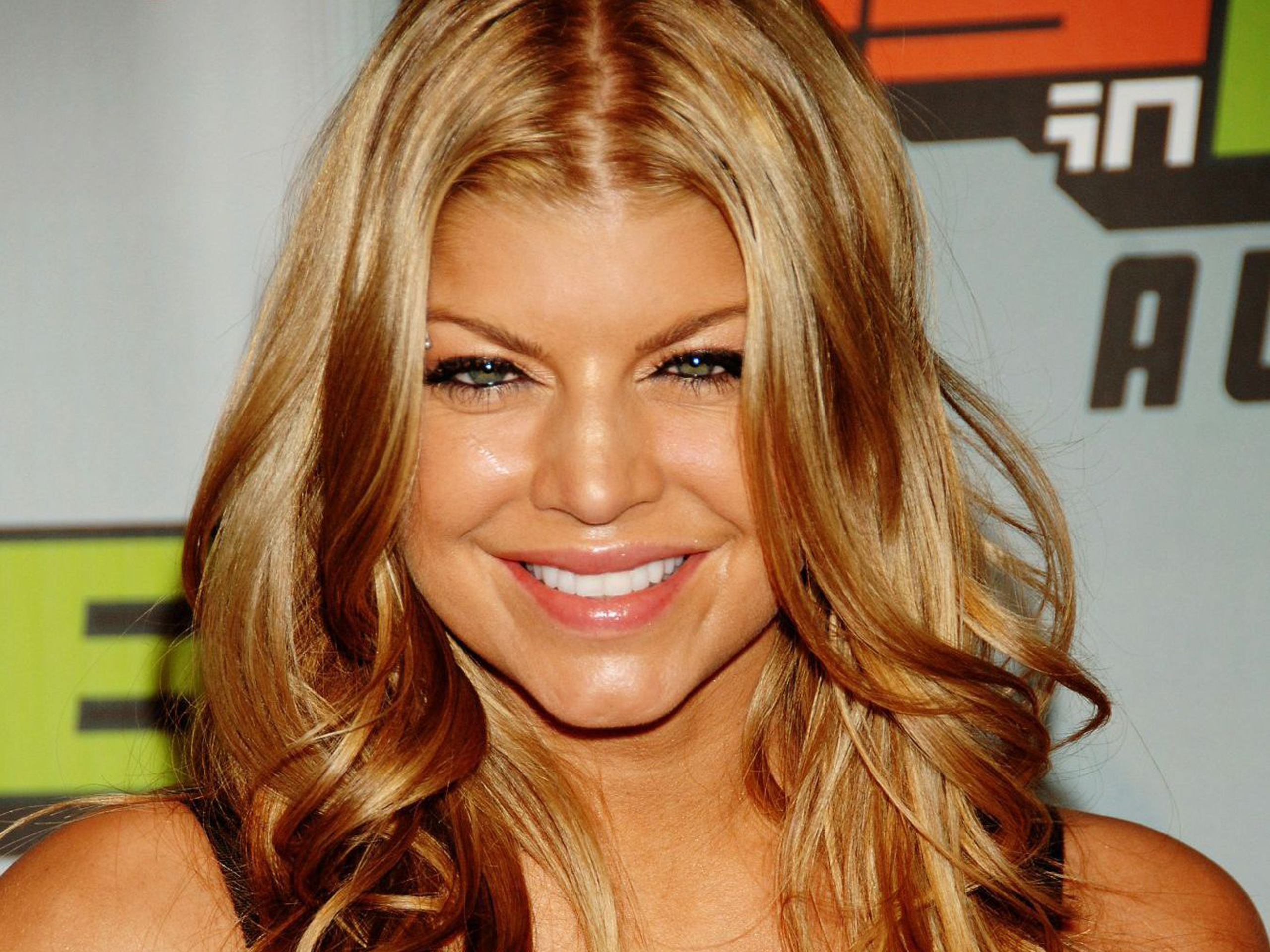 Fergie TheWallpapers   Free Desktop Wallpapers for HD, Widescreen and ... Fergie