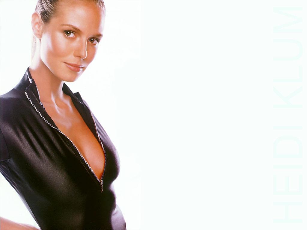 Model heidy ttl Kelly Kutie