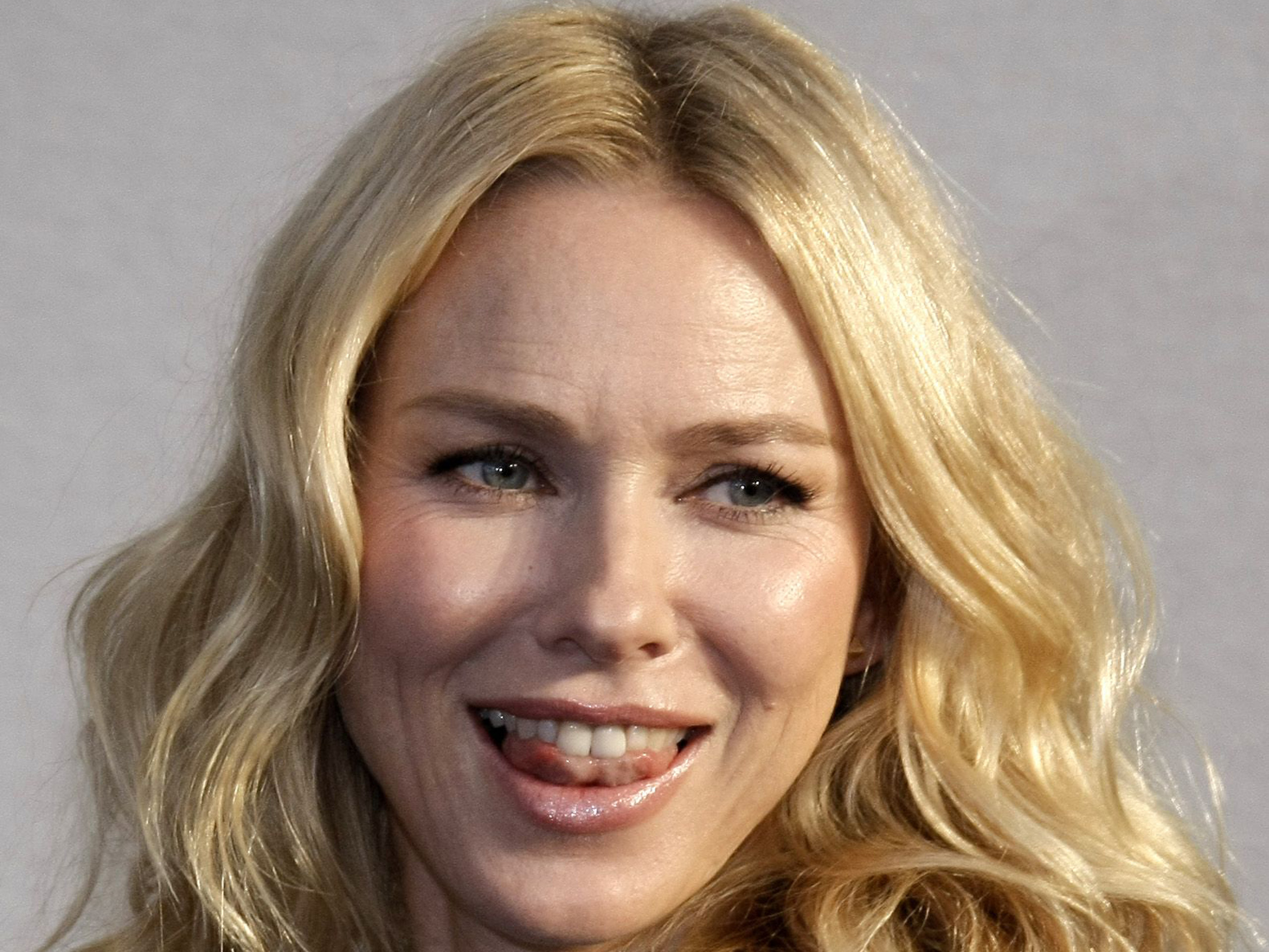 naomi watts at american film festival | free desktop wallpapers for