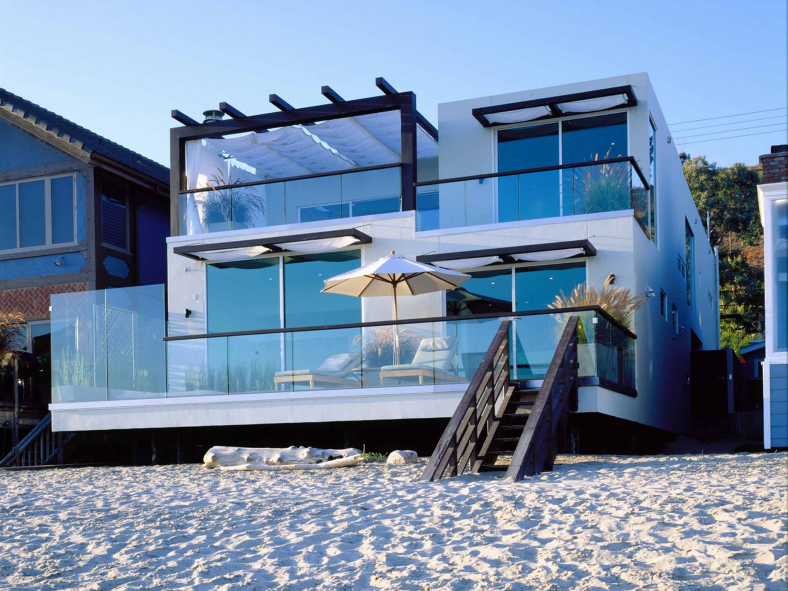 modern beach house in malibu free desktop wallpapers for