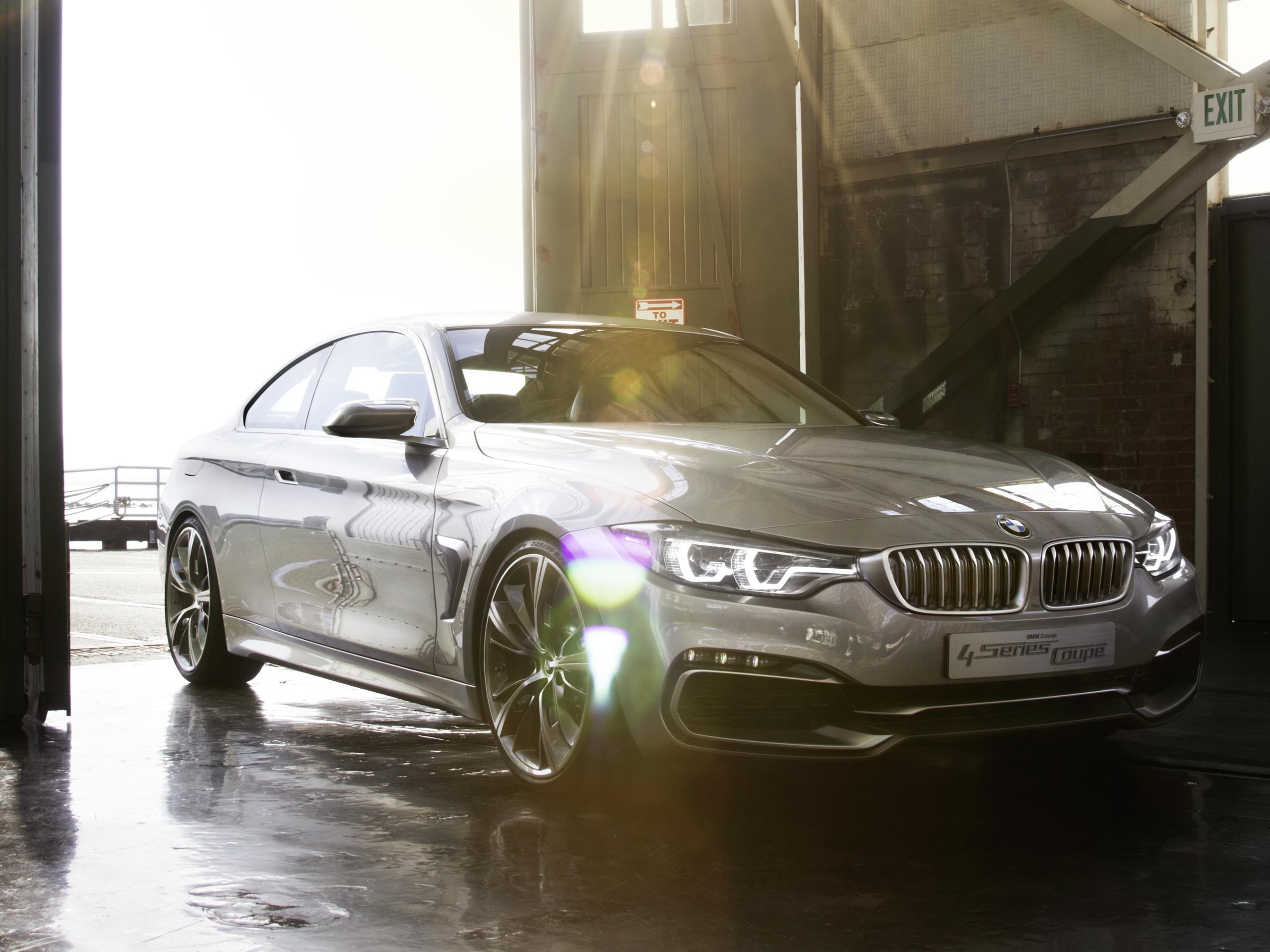 BMW в ангаре  № 960642 бесплатно