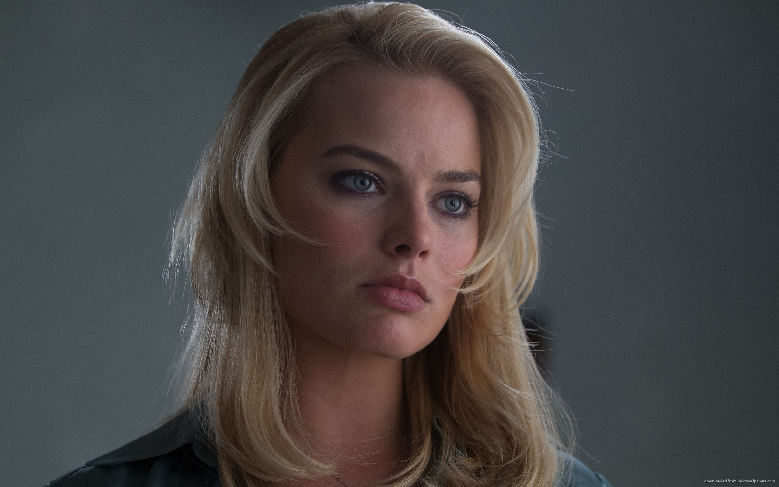 Hot or Not - Page 16 Margot-Robbie-004