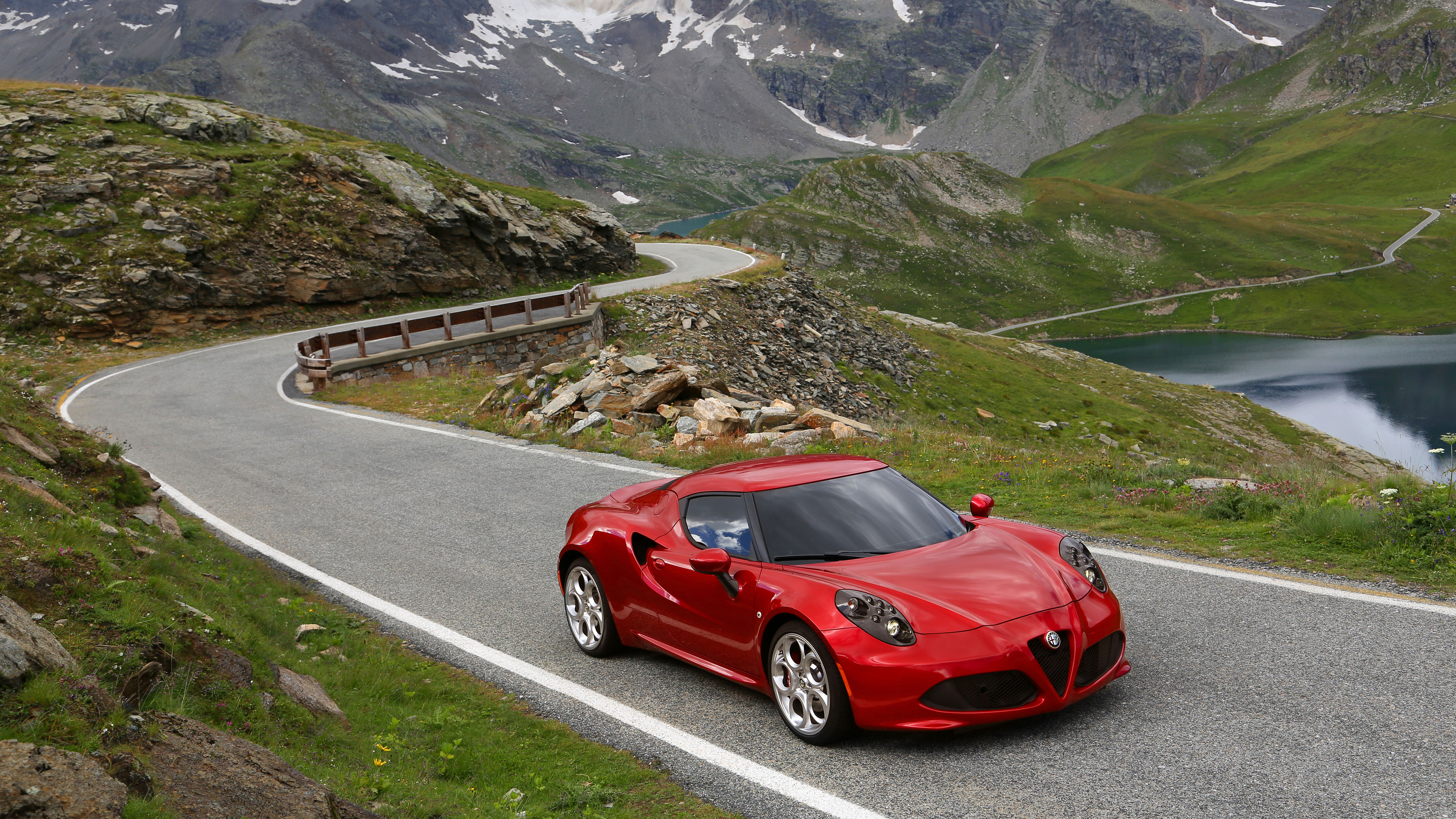 Alfa-Romeo-4C-00003.jpg