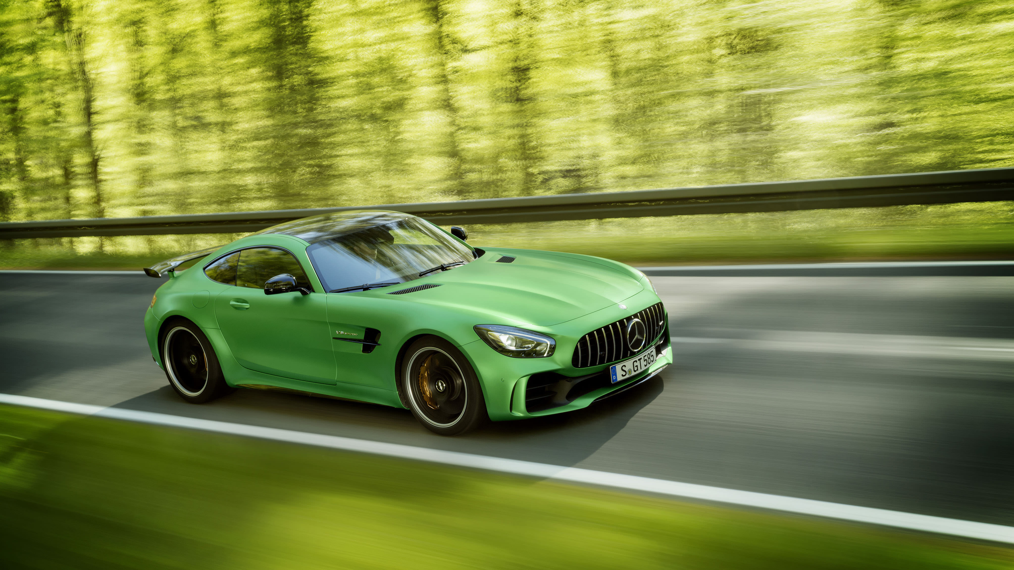 mercedes amg gt r free desktop wallpapers for widescreen. Black Bedroom Furniture Sets. Home Design Ideas
